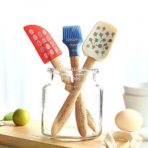 Set dụng cụ làm bánh 3 món bằng silicon tay cầm gỗ