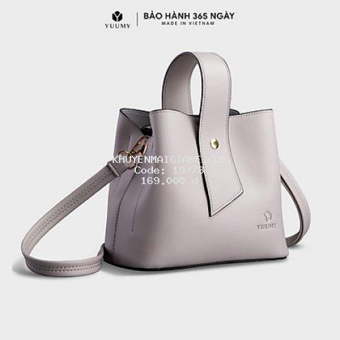 Túi đeo chéo nữ YUUMY YN79 (nhiều màu) 3 ngăn, vừa điện thoại IPHONE 11, túi có quai xách, phù hợp đi chơi, đi làm, đi tiệc, da tổng hợp cao cấp , không bong tróc, không thấm nước (Dài 21cm x Rộng 12cm x Cao 18cm)